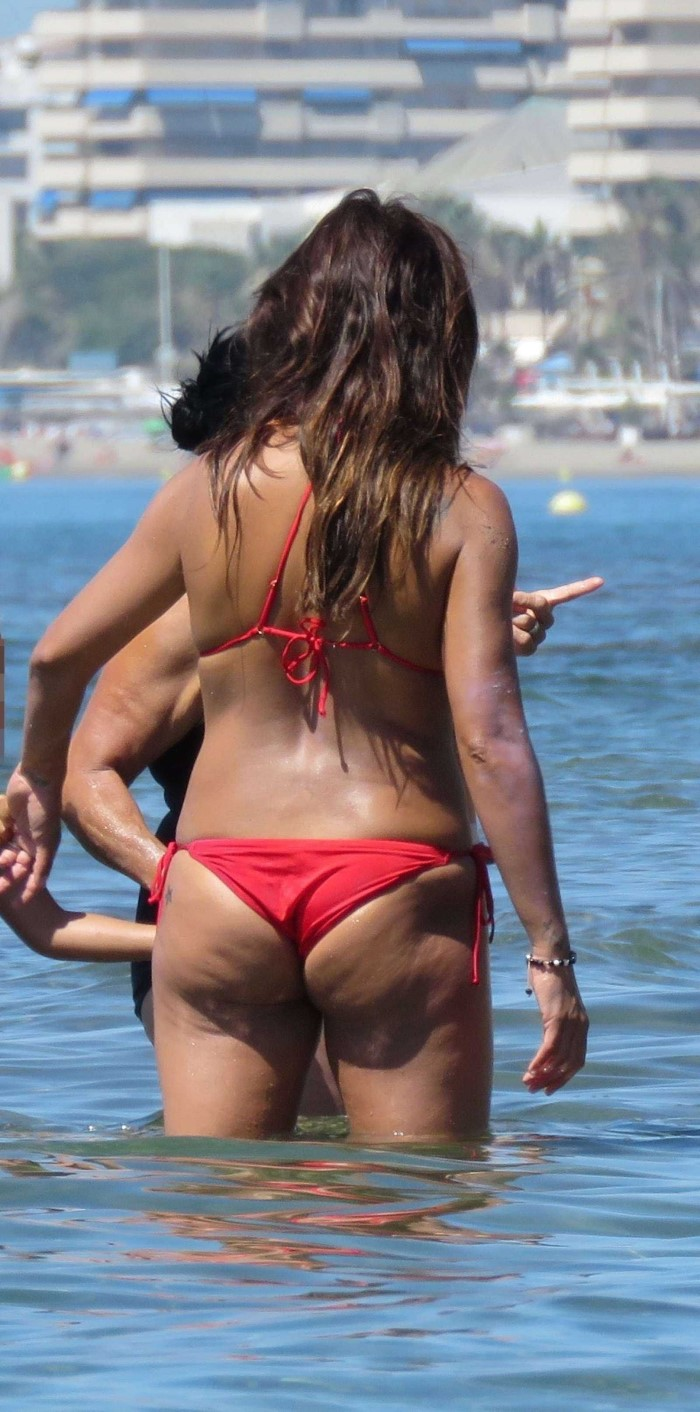 Monica Cruz in Bikini at the Beach in Marbella (3)
