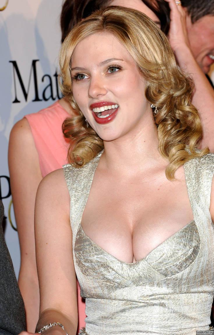 Scarlett Johansson Top 10 Sensual Photos (1)