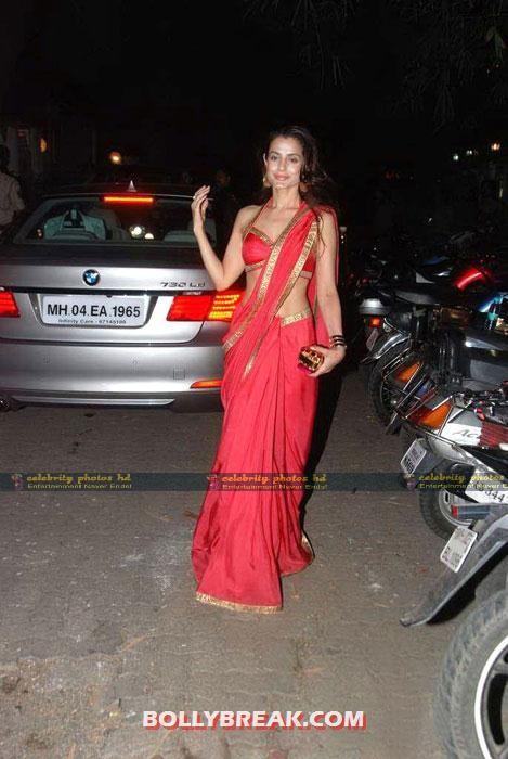 Amisha-Patel-Hot-Phorrerto