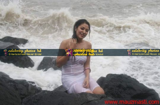 Anjali-Pandey-wet-and-sexy-in-white-10
