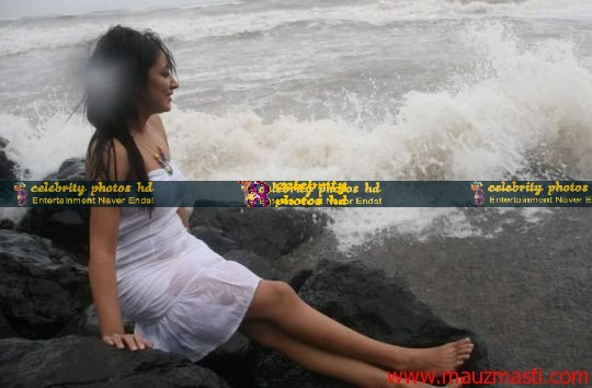 Anjali-Pandey-wet-and-sexy-in-white-11