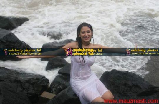 Anjali-Pandey-wet-and-sexy-in-white-5