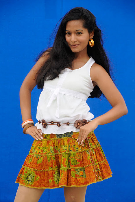 preetika_rao_hoty_photo_shoot_pics (1)