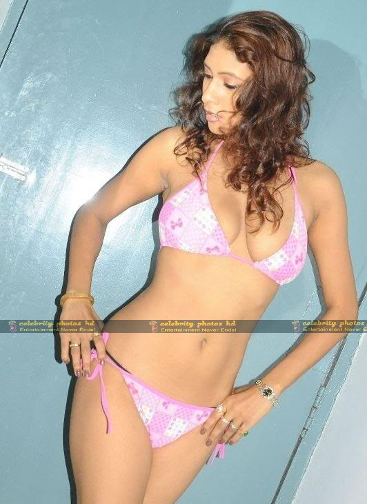 krishika-gupta-hot-bikini-photoshoot-stills-1