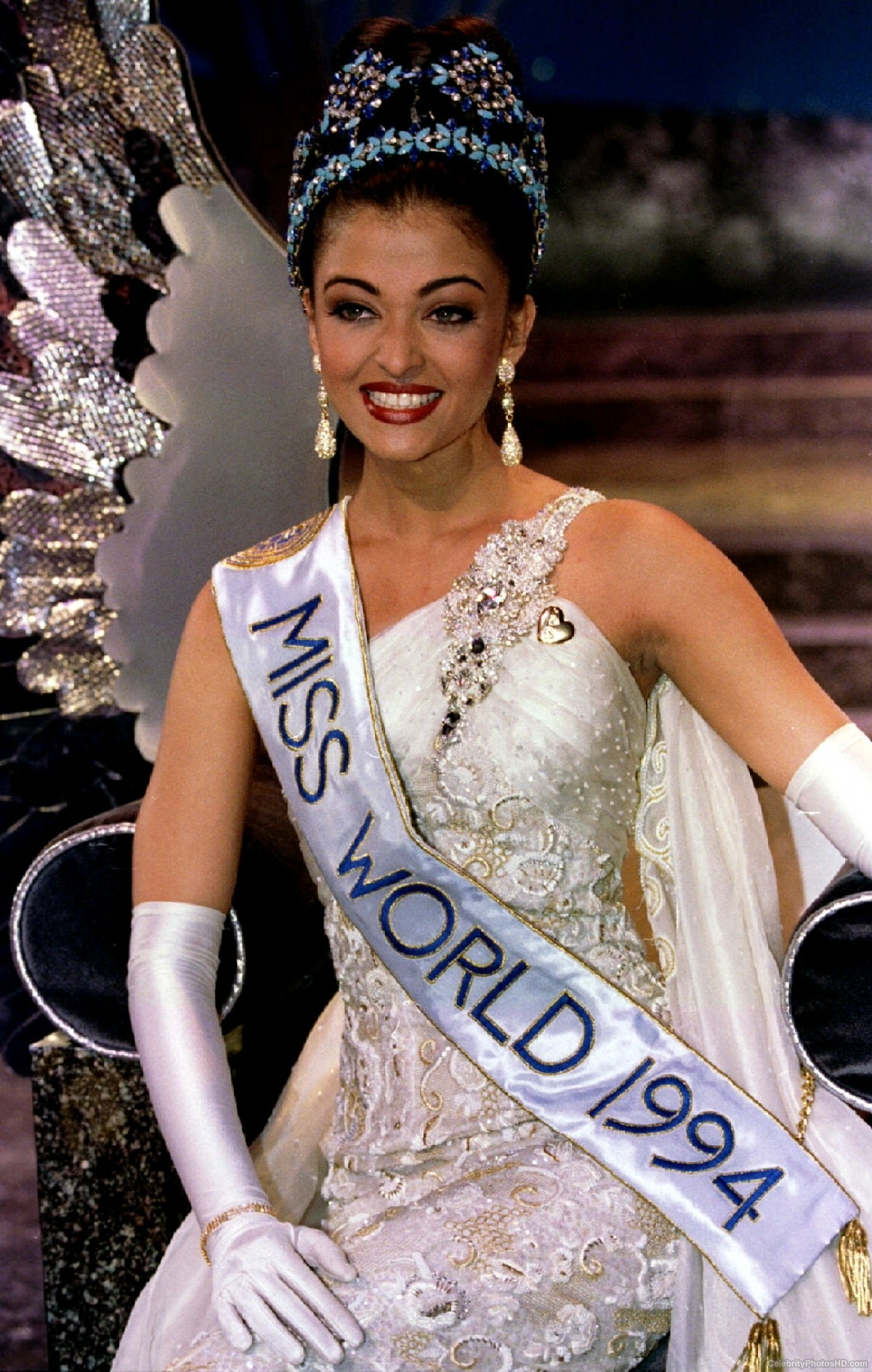 aishwarya-rai-miss-world-photos-gallery-3