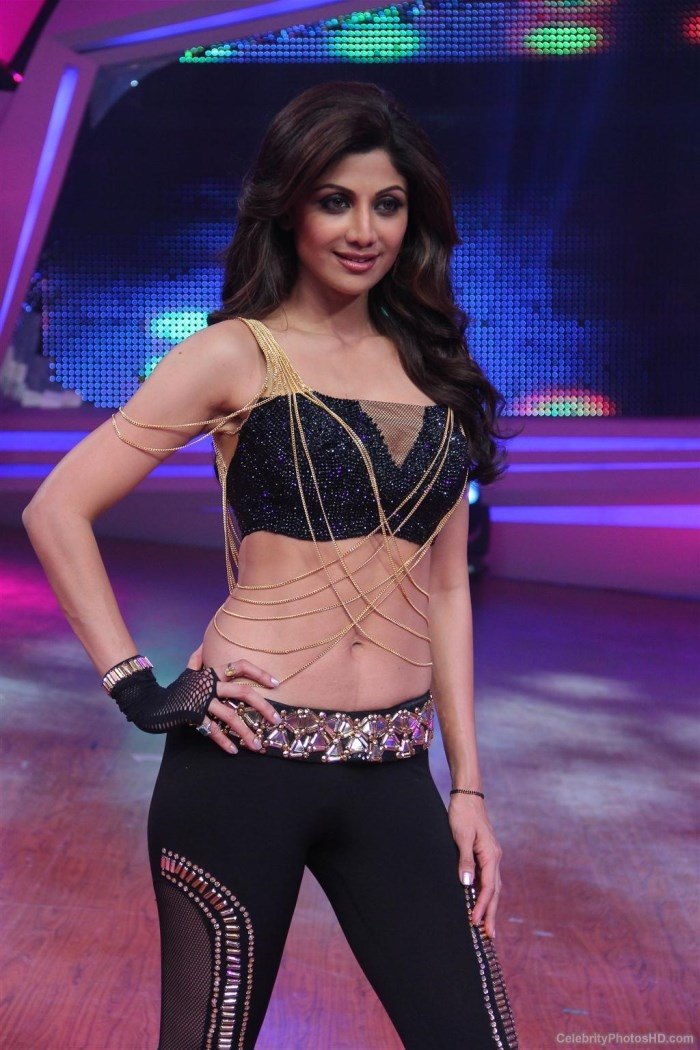 Shilpa Shetty Hot Stills at Nach Baliye 6 Grand Finale