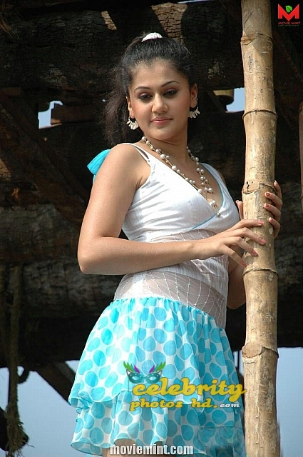 taapsee-46