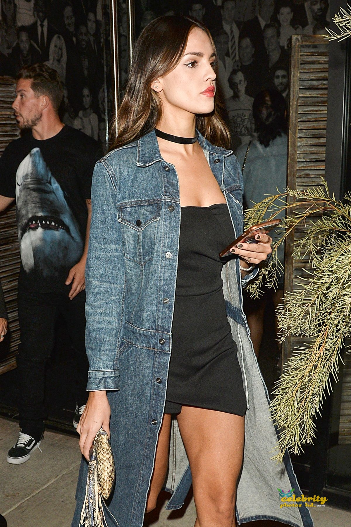 eiza-gonzalez-at-catch-la-in-west-hollywood-_10