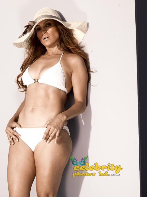 jennifer-lopez-bikini-photos-3