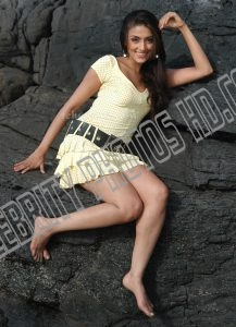 Aarti Chabria Hot Photo (1)