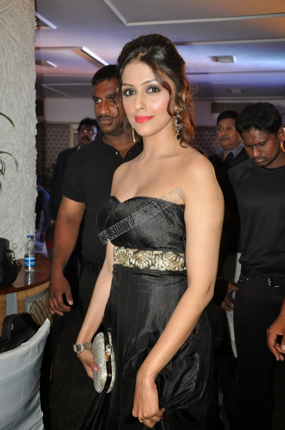 Aarti Chabria Hot Photo (3)