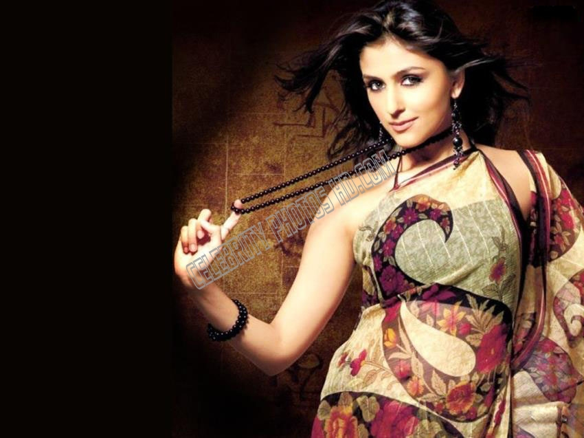 Aarti Chabria Hot Photos (1)