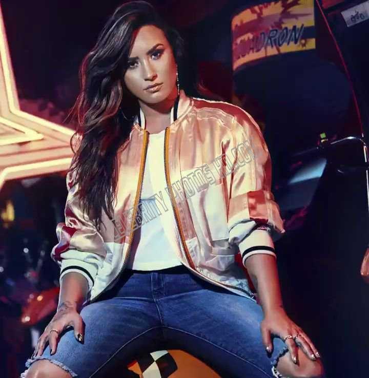 Demi Lovato netflix's drama (6)