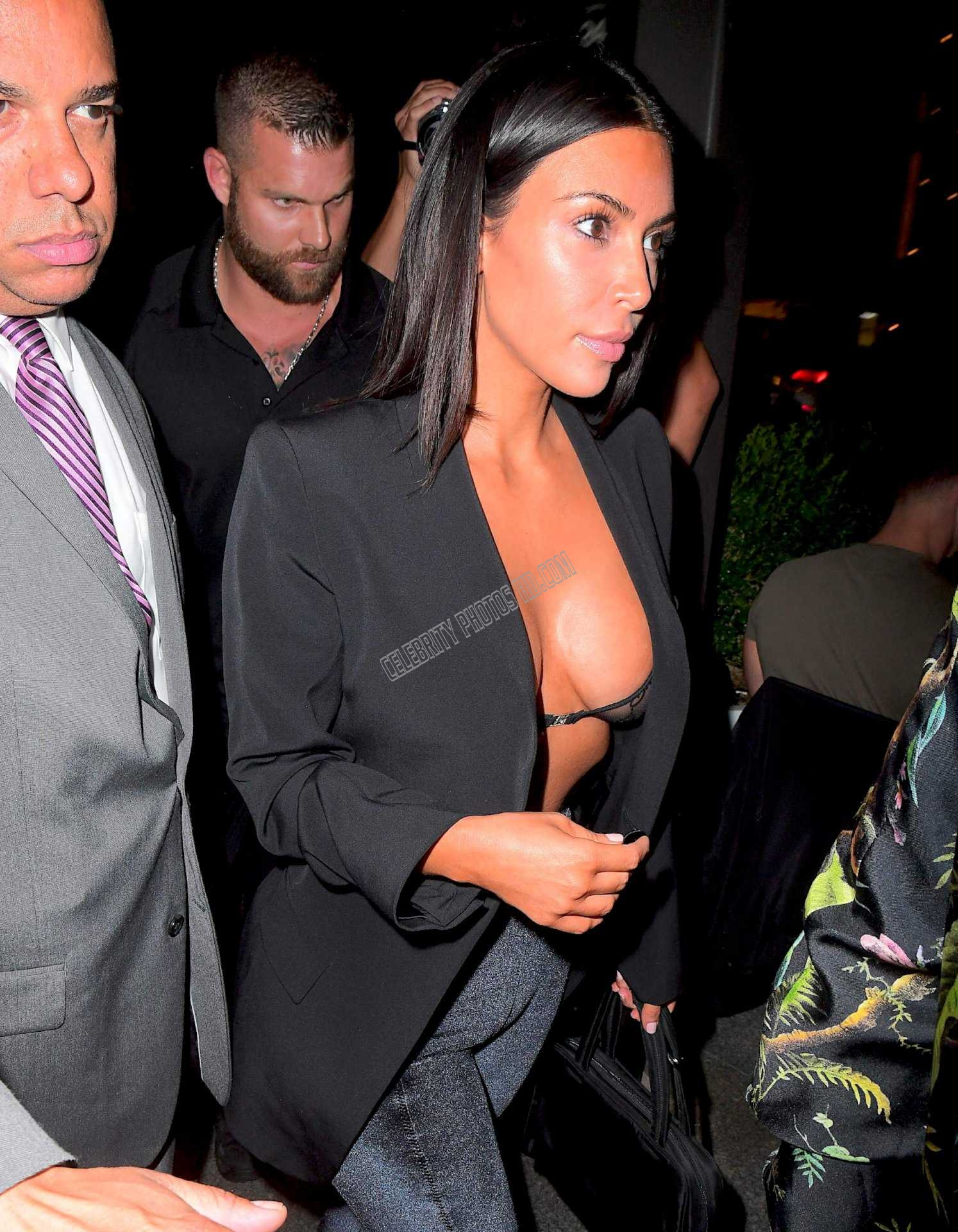 Kim Kardashian Photos (1)
