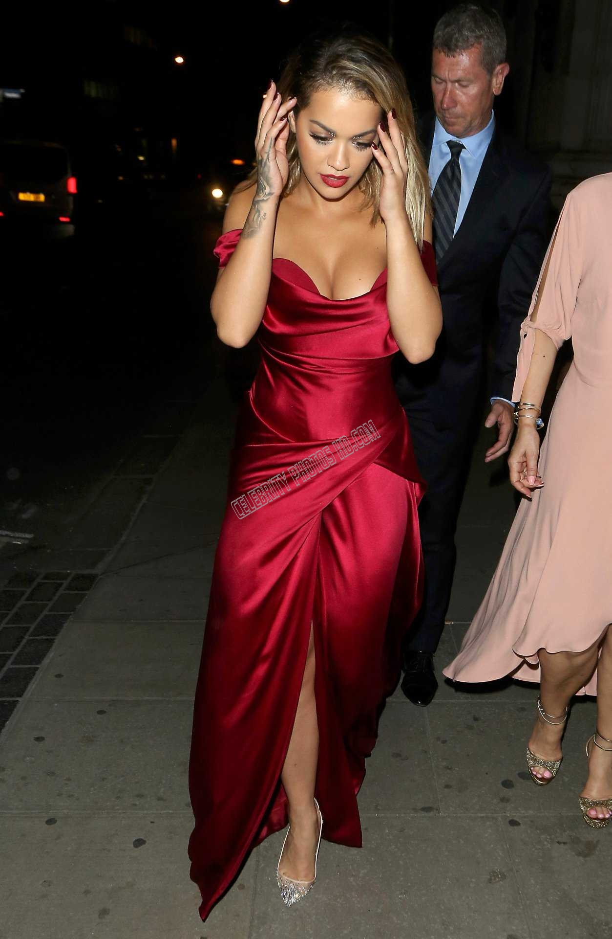 Rita Ora Cleavage and Leggy Candids (1)