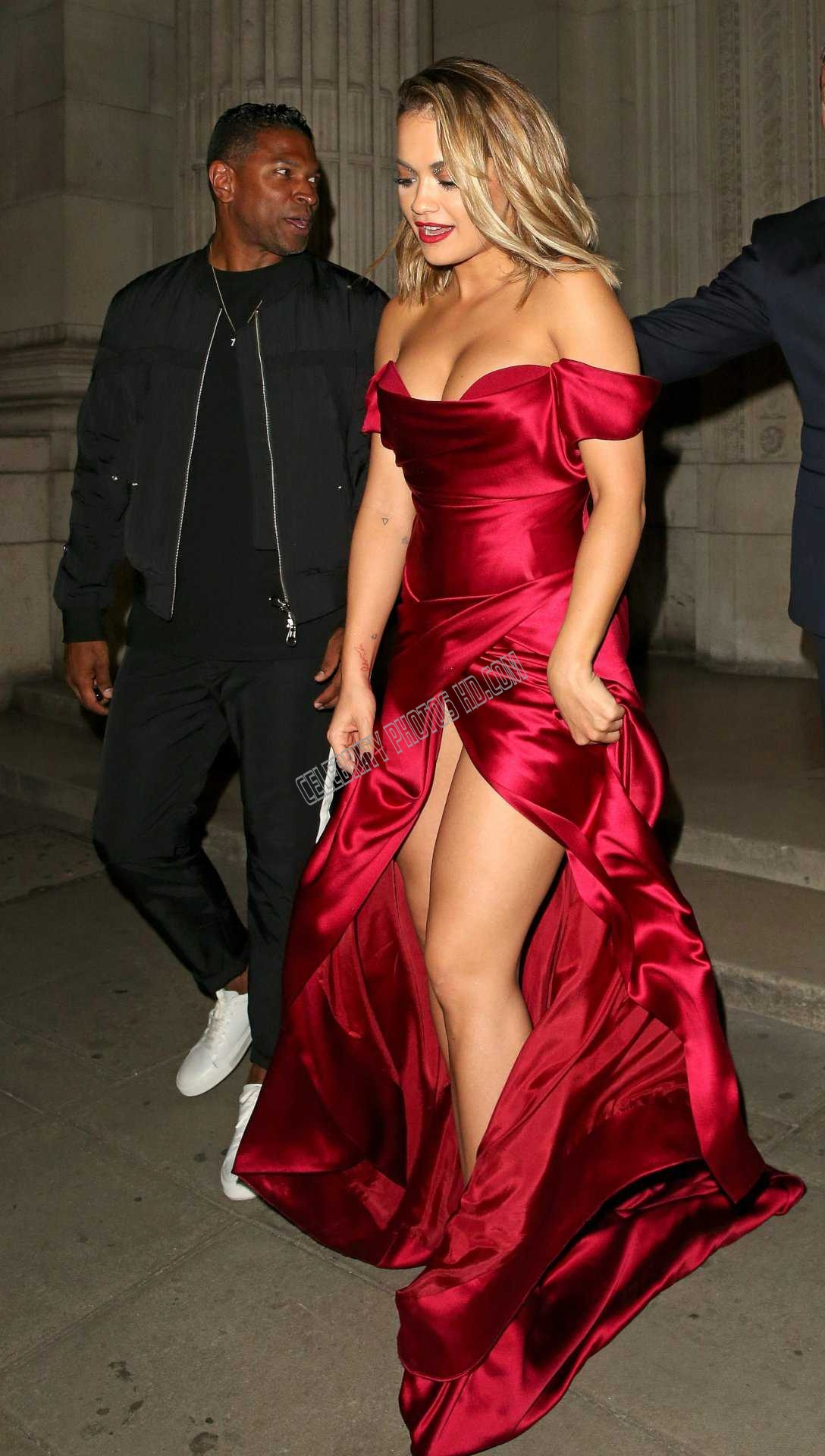 Rita Ora Cleavage and Leggy Candids (6)
