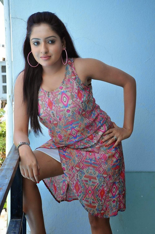 South Indian Actress Anjana Deshpande Hot Photoshoot