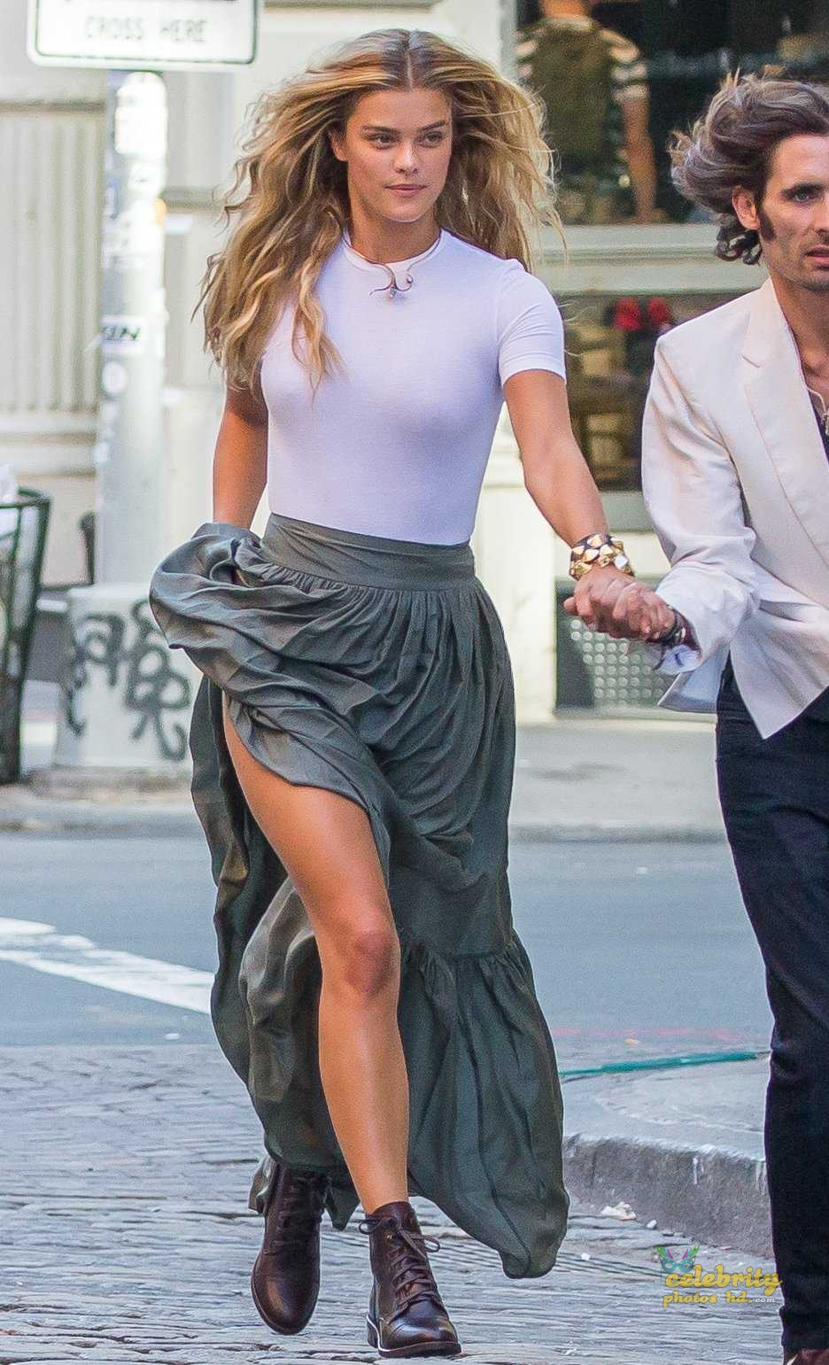 Nina Agdal hot Photos (7)