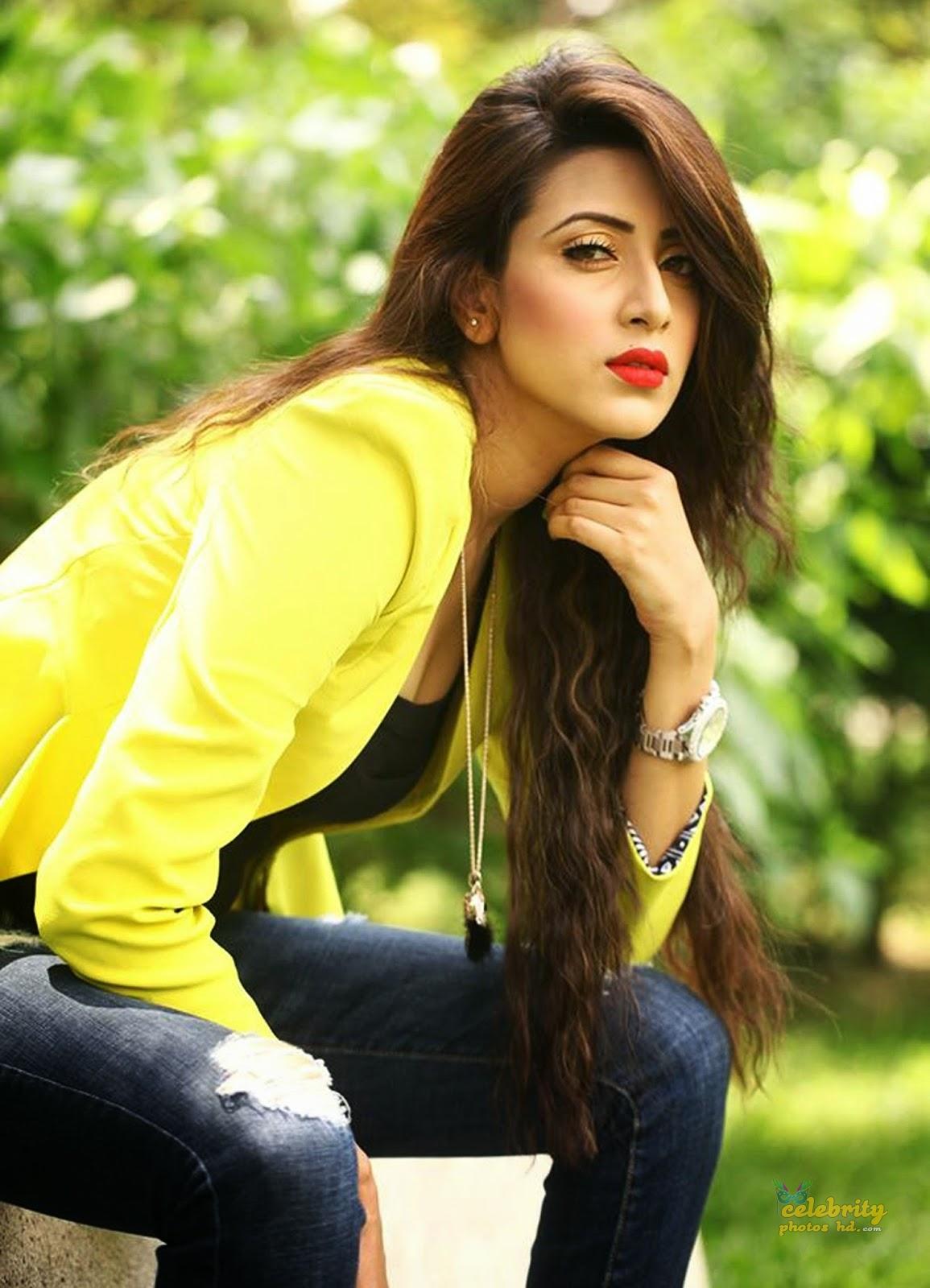 Actress Bidya Sinha Mim (1)
