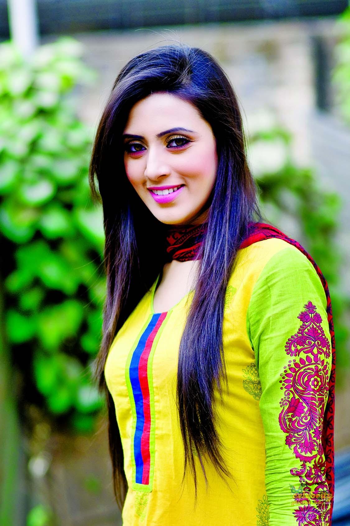 Actress Bidya Sinha Mim (18)