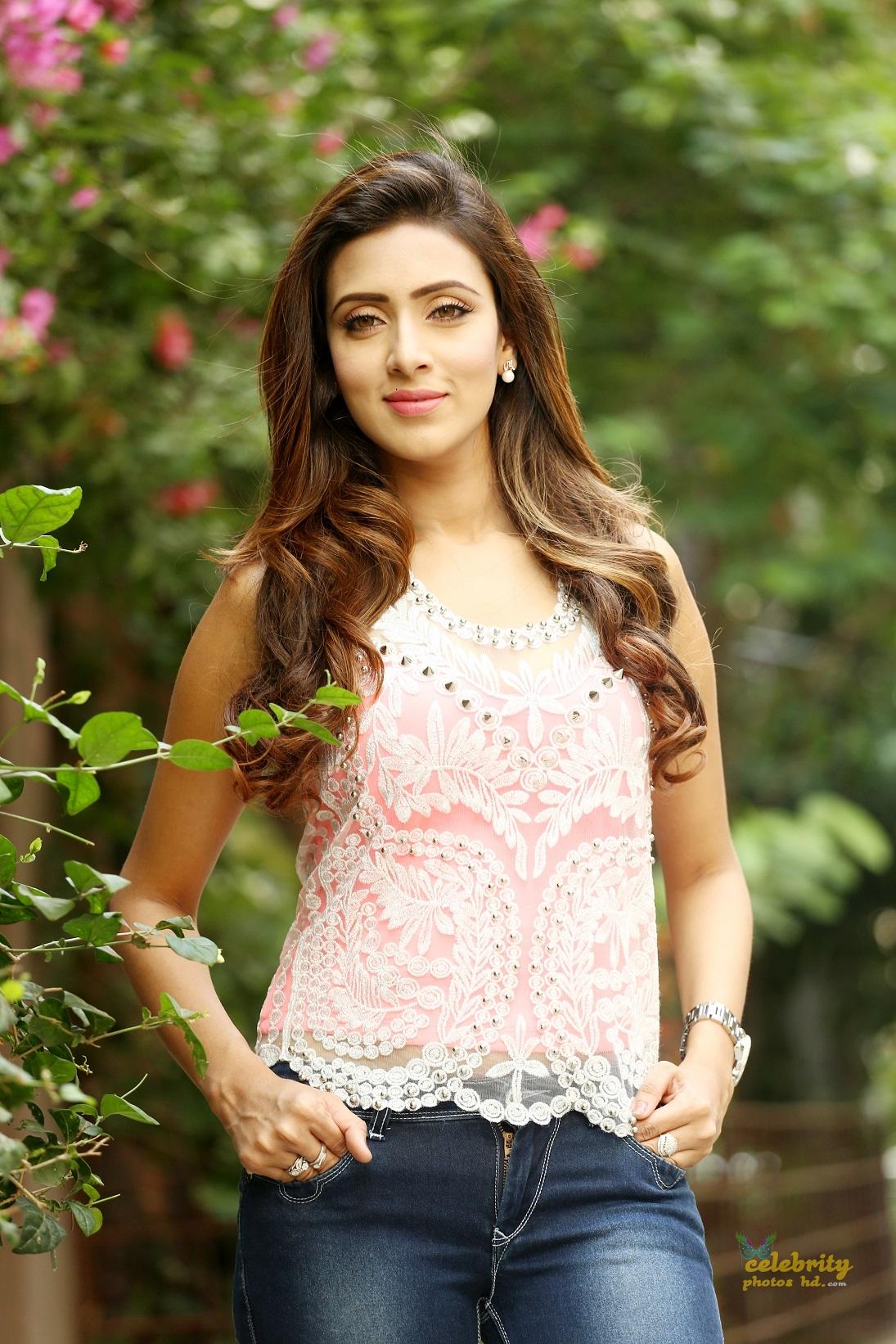 Actress Bidya Sinha Mim (2)
