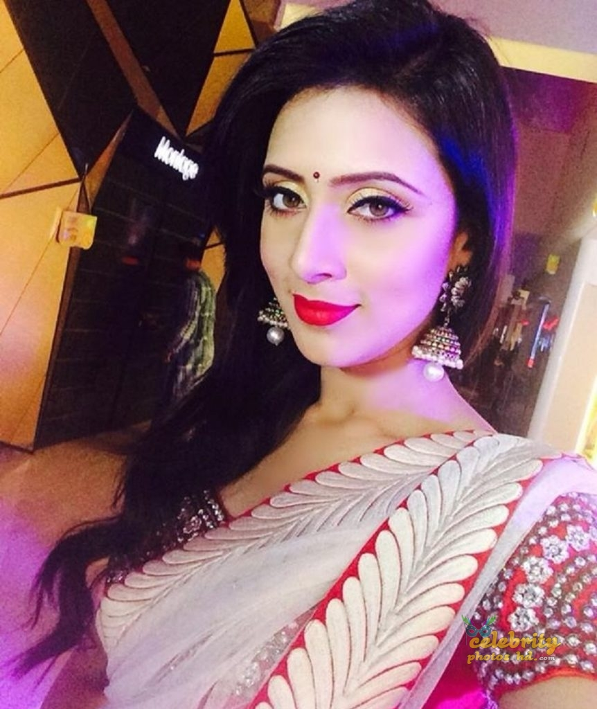 Actress Bidya Sinha Mim (44)