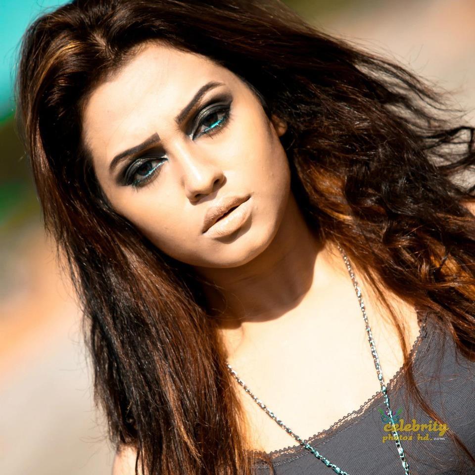 Actress Nusrat Faria (39)