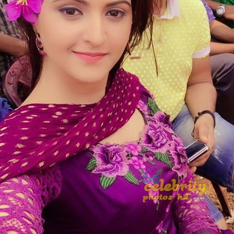 Bangladeshi actress pori moni (5)