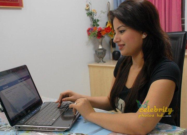 Farhana Nisho (2)