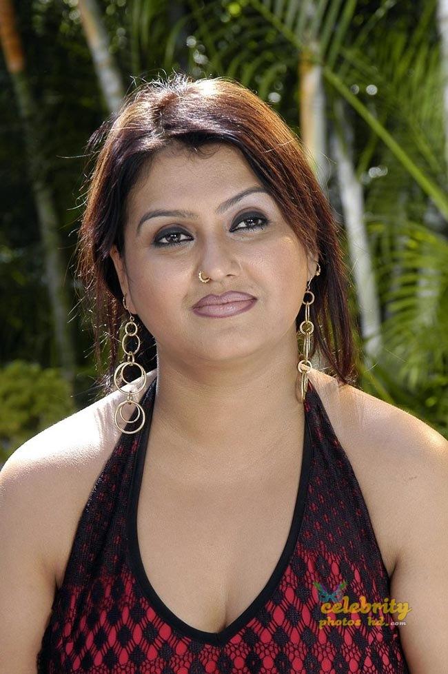 Hot Actress Sona (4)