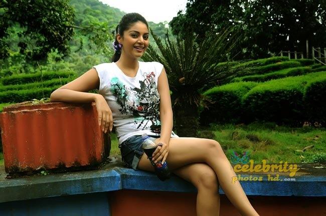 Hot Indian Spicy Glamour Maayai (4)