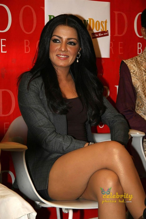 Hot actress Celina Jaitly (11)