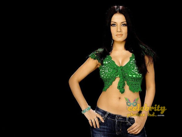 Hot actress Celina Jaitly (2)