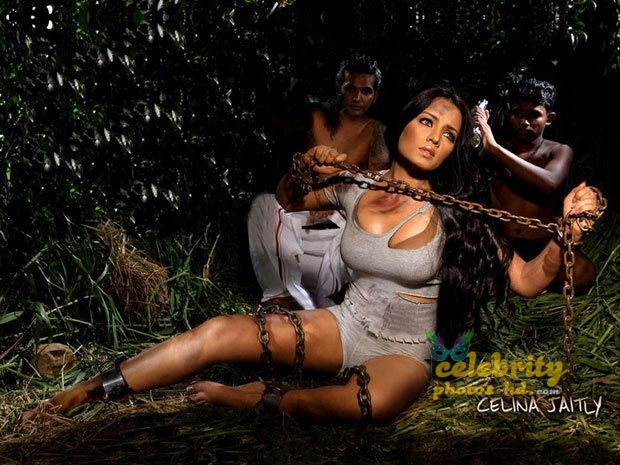 Hot actress Celina Jaitly (9)