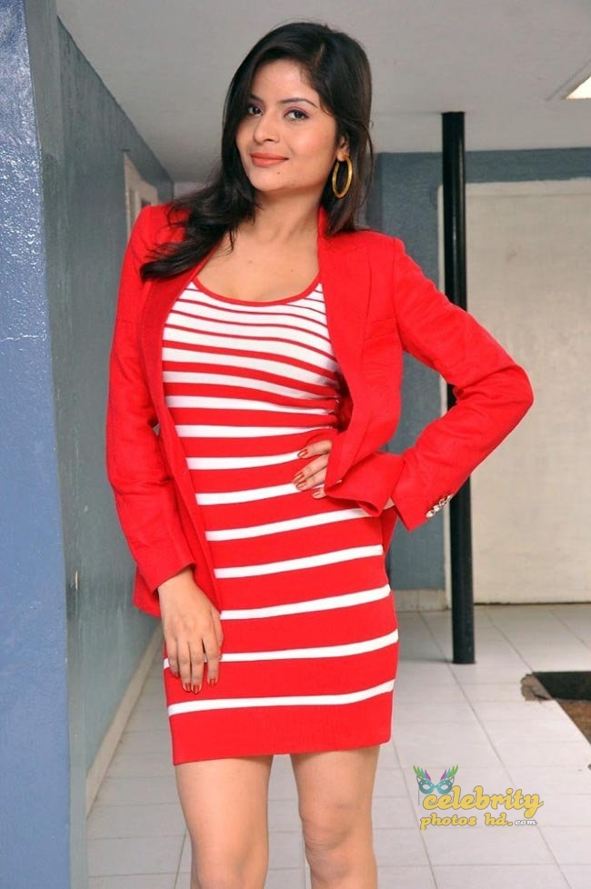 Indian hot girl Gehana Vasisth (4)