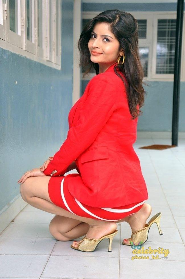 Indian hot girl Gehana Vasisth (5)