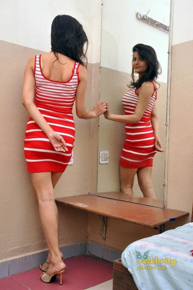 Indian hot girl Gehana Vasisth (9)