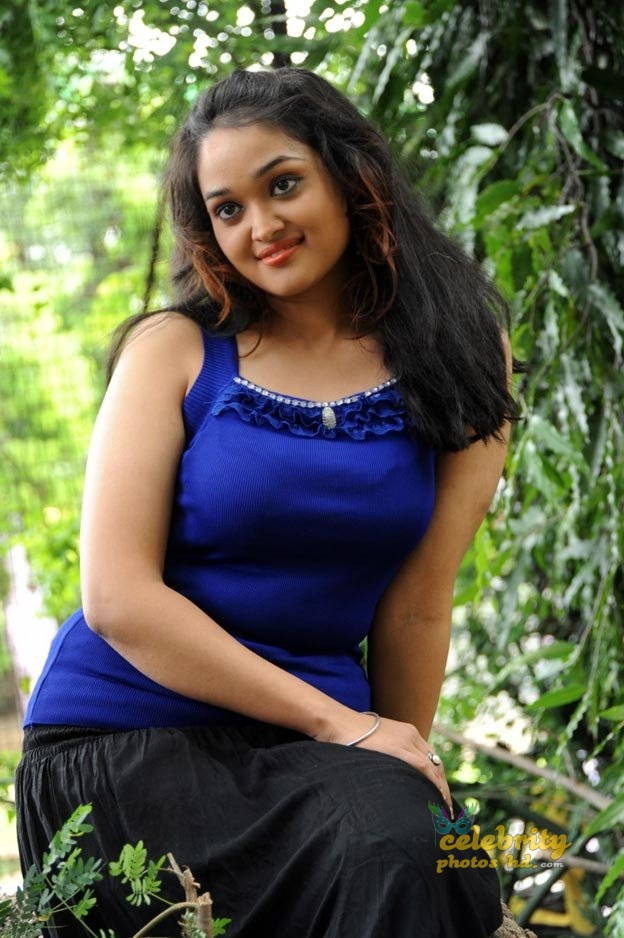 Masala actress Mounika (4)