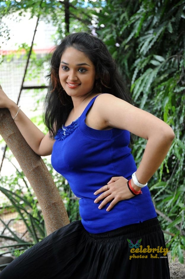 Masala actress Mounika (5)
