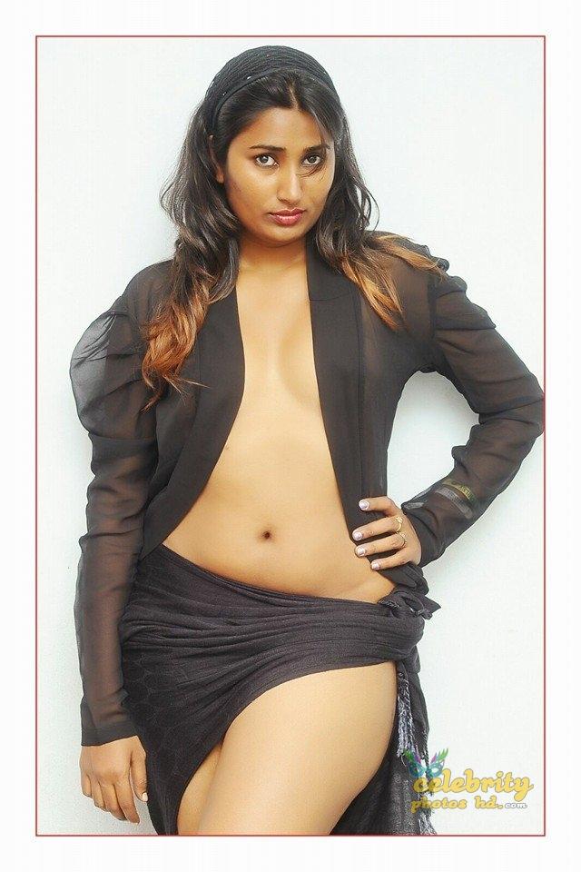 South Indian Hot Model Swathi Naidu (7)