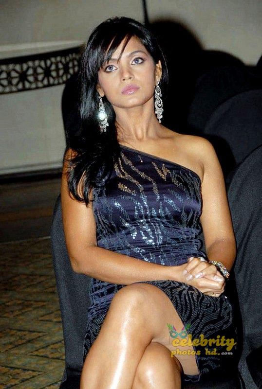 Stunning Neetu Chandra (8)
