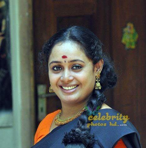 Sumi Santhosh (6)