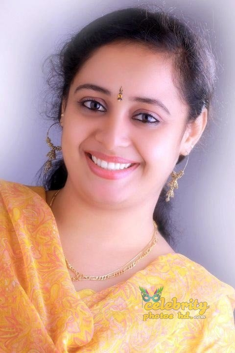 Sumi Santhosh (8)