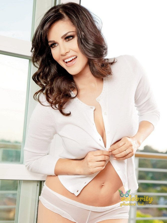 Bollywood Hottest Actress Sunny Leone (3)