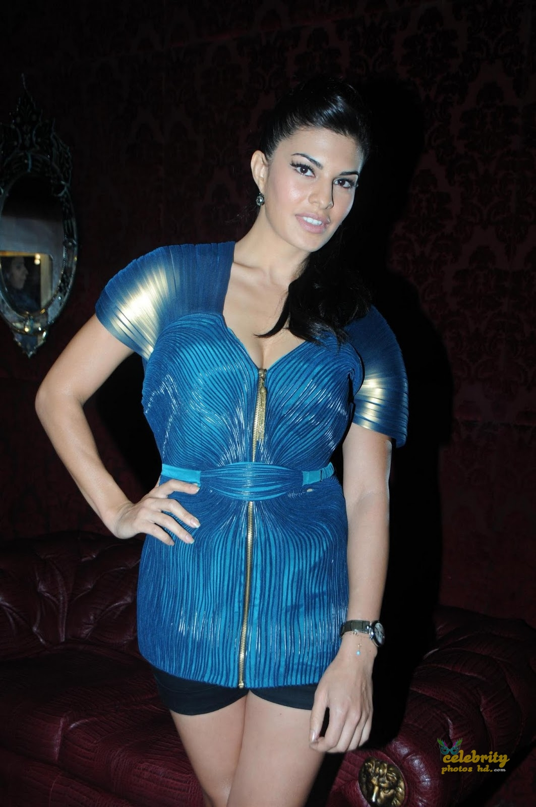Bollywood Spicy Actress Jacqueline-Fernandez (2)