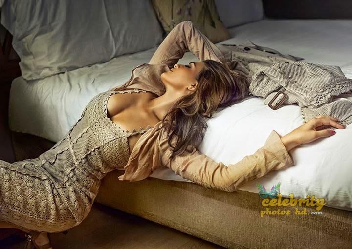 Bollywood Spicy Actress Jacqueline-Fernandez (3)
