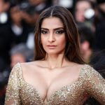 Bollywood Hot Actress Sonam Kapoor  Unseen Photo's