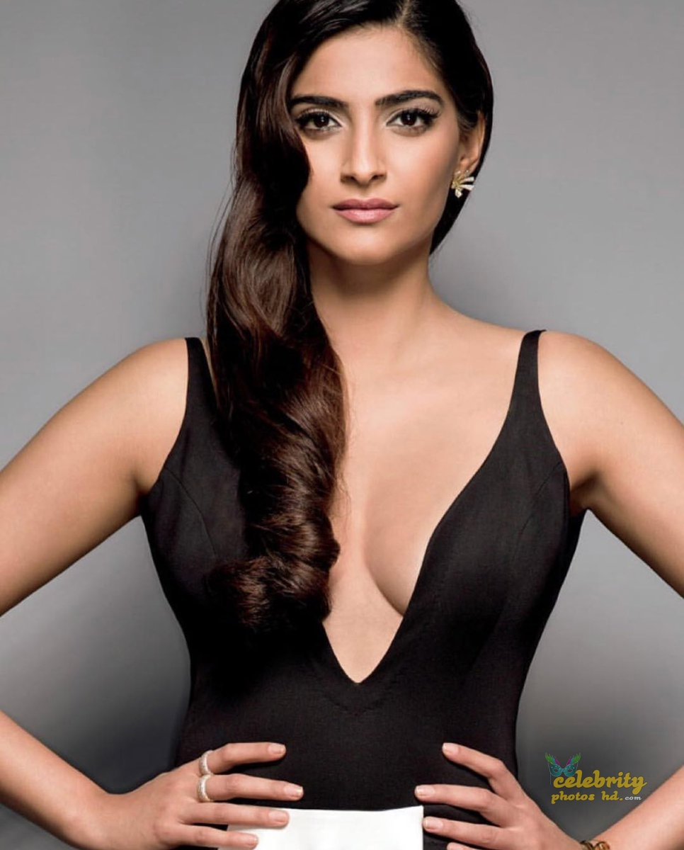 Bollywood Unseen Actress Sonam Kapoor (5)