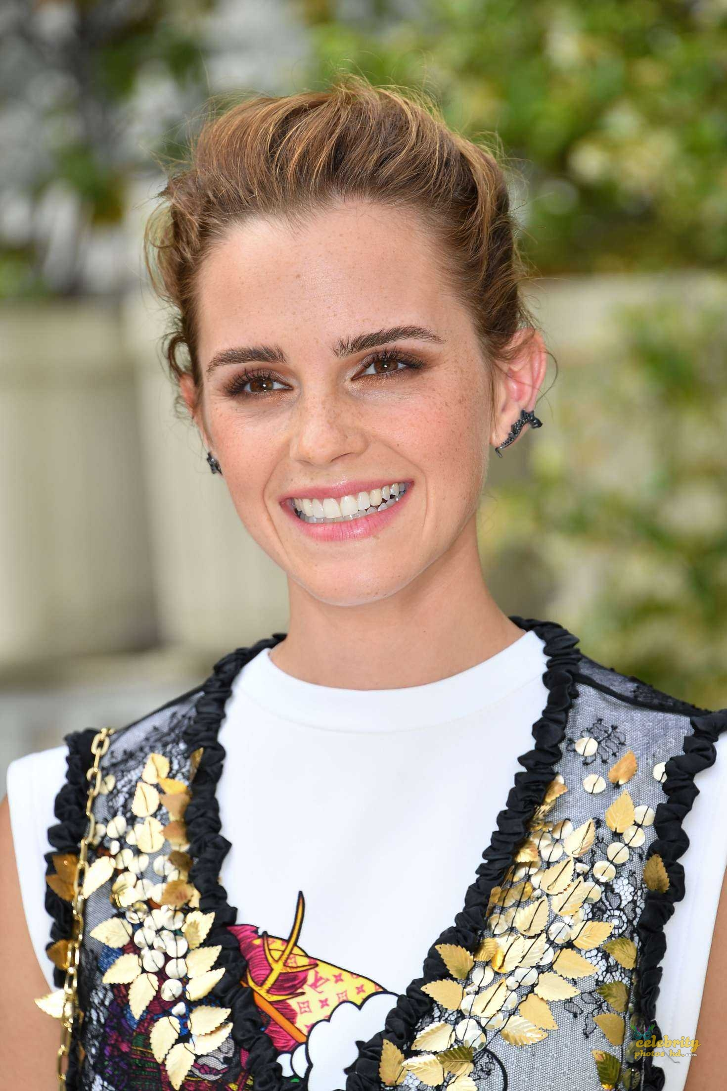 Emma Watson Unseen Hot Photo (1)