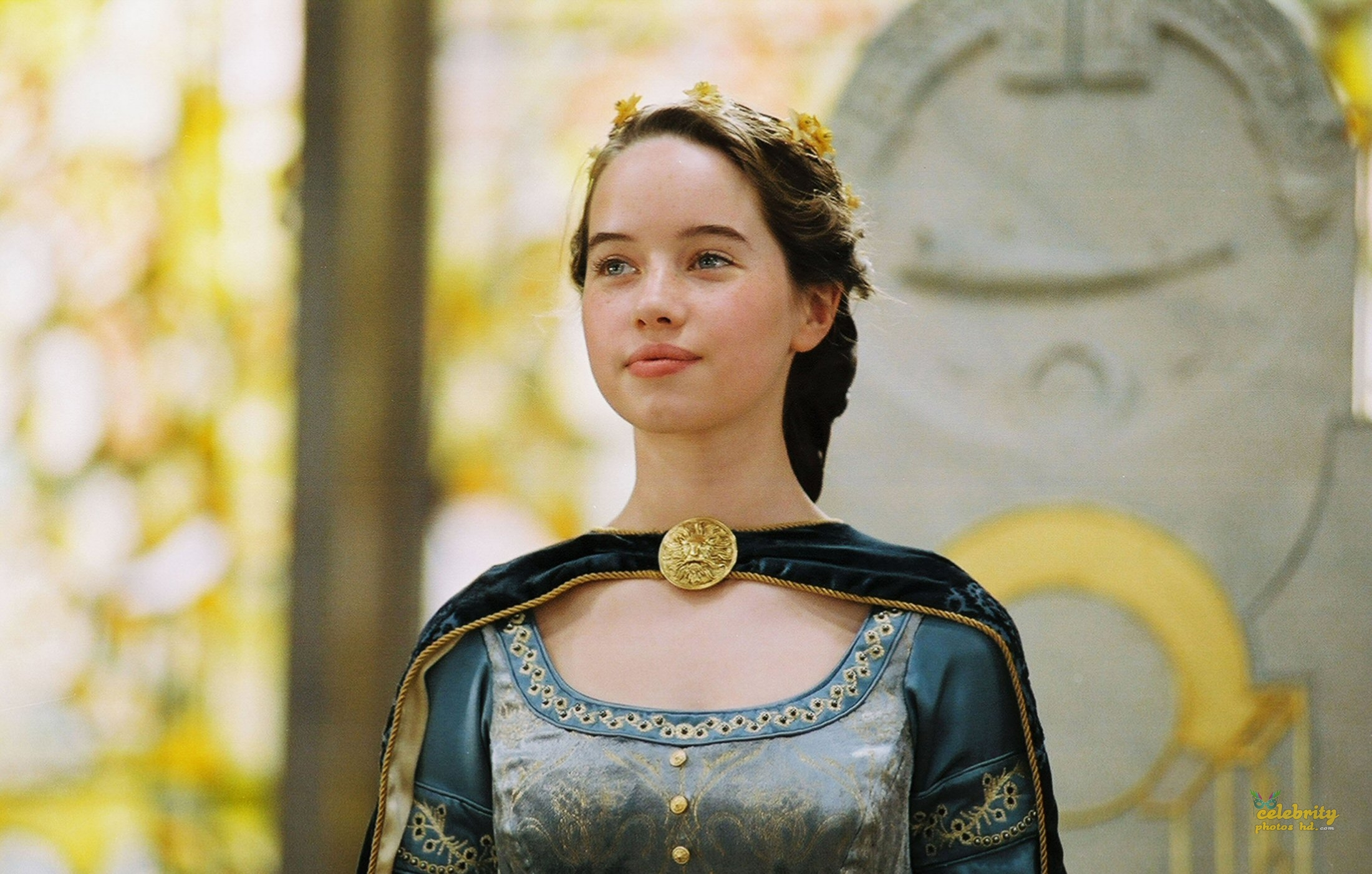 Hollywood Spicy Actress Anna Popplewell (4)
